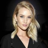 How-To! Rosie Huntington-Whiteley's Sexy, Beachy Waves by Christian Wood for Moroccanoil