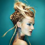 Deluxe Fashionista by The Hair Studio