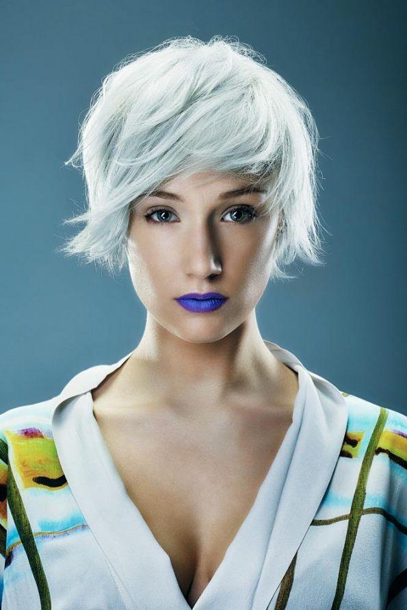 Hair: Yannick Kraemer e Cédric Valentin @Kraemer Paris Make up: Emilie Eveno Photo: Steeve Josch