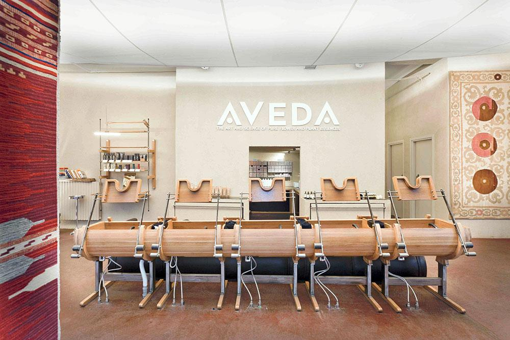 how to become an aveda salon