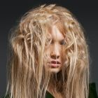 Hair: Laetitia Guenaou for L'Oréal Professionnel / Styling: Weronika Wysoczynska / Make up: Karolina Supernak / Photo: Jacek Ura