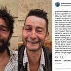 Joshua Coombes, il parrucchiere inglese che regala nuovi look ai clochard