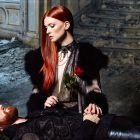 Hair: Klaus Peter Ochs / Styling: Mickael Komer e Elmarie Lignier / Make up: Florent Pellet / Photo: Laurence Laborie