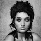 Hair: Elle Schoemaker @Stelios Papas / Colour: Kristie Kesic @Stelios Papas / Styling: Karmyn Thomas / Make up: Fiona Willard e Rose Moffat / Photo: Elizabeth Maleevsky