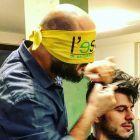Parrucchiere-bendato-1