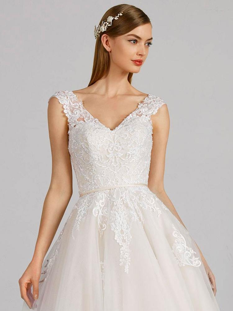 Risultati immagini per abito sposa con mollette